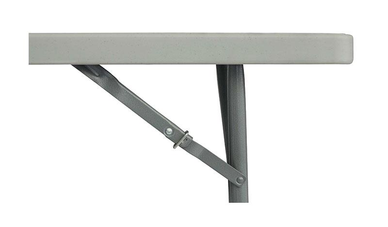 שולחן עם נעילה